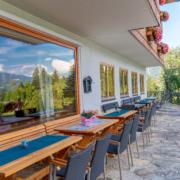 Abendessen auf der Terrasse Hotel Kielhuberhof